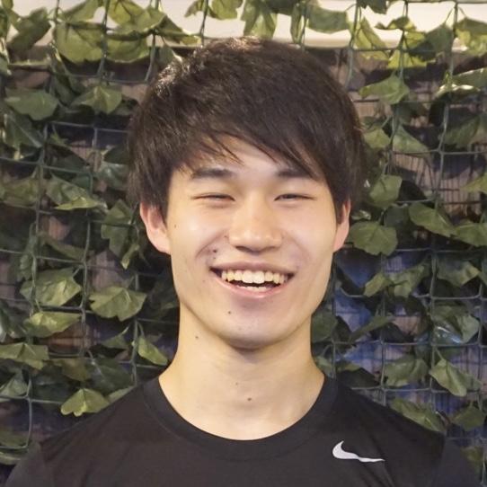 岡島トレーナー